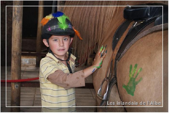 Préparation du spectacles équestre des enfants de 8 à 12 ans